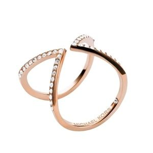 Michael Kors MKJ1618710 Rose Gold Arrow V Ring 6